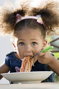 Iris,spagettis,fourchette